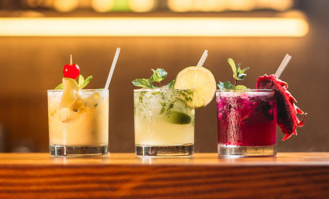 Join us for a Cocktail and Mocktailnight!